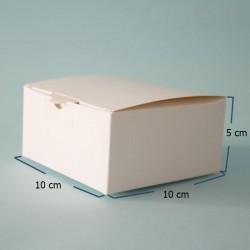 Caja cuadrada blanca
