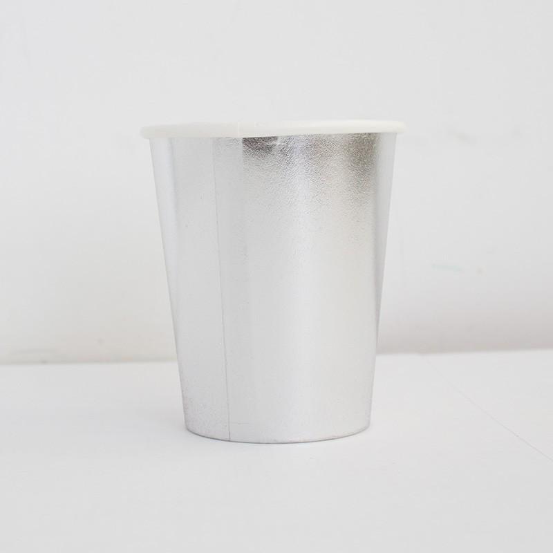 20 vasos plateados