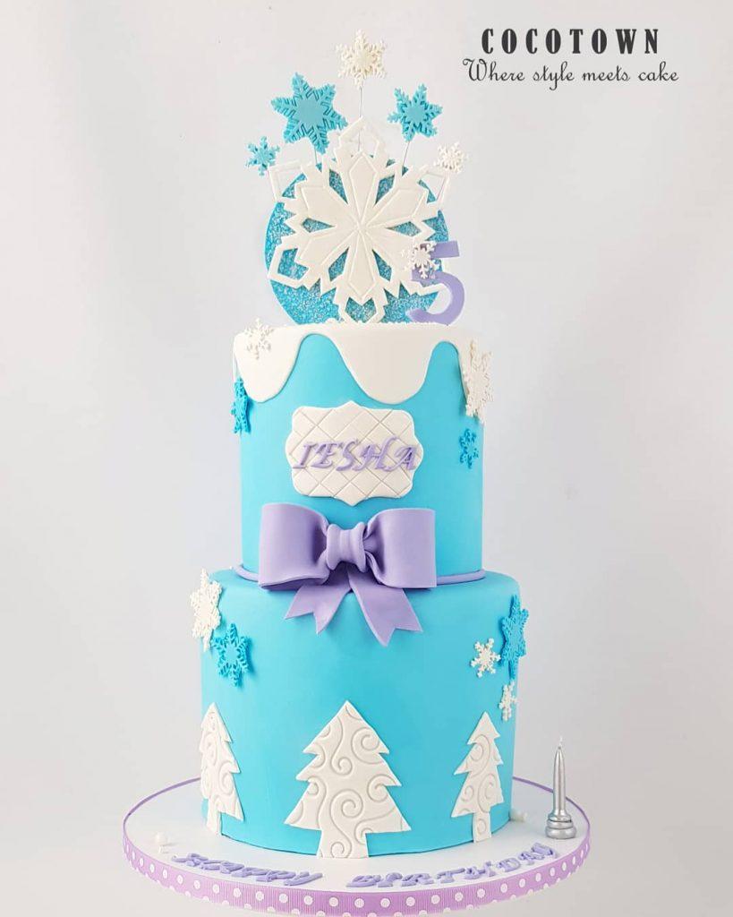 Pastel aventura congelada azul y lila