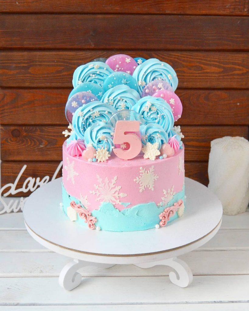 pastel princesa de hielo azul y rosa