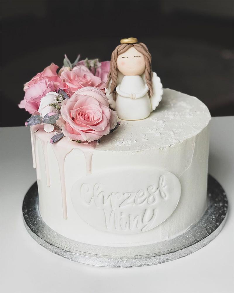 Torta de niña decorada sencilla Bautizo con angelito y rosas